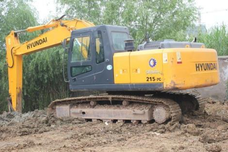 现代二手215-7C挖掘机